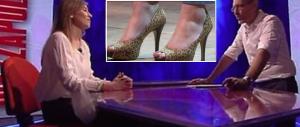 «Dove sono le scarpe da giaguara, ministro?». E la Boschi s'infuria