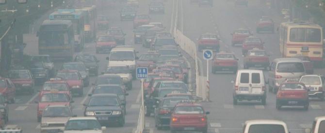 La strage invisibile: ogni anno in Europa 467mila persone muoiono lo smog