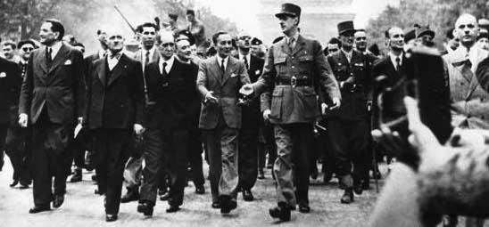 Renzi come De Gaulle? Matteo non sa che Le Président si dimise per un referendum perso…