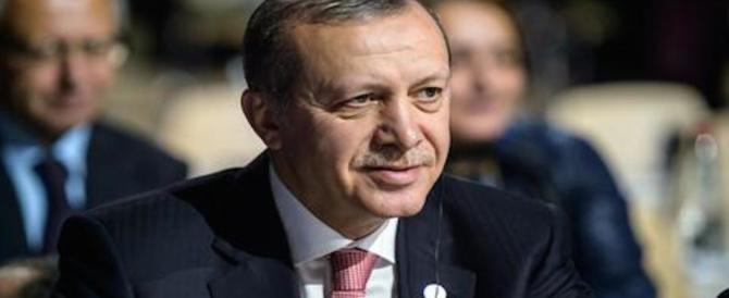 Erdogan alla Ue: se non rispetta i patti apriremo le frontiere agli immigrati