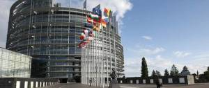 Il Financial Times: se vince il no finisce la Ue. Aiutino a Renzi o boomerang?