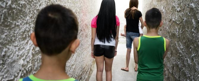 """Italia """"matrigna"""", un bambino su 3 a rischio povertà: rapporto choc"""