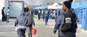 Migranti, la Meloni accusa: «La politica di Alfano causa invasione e morti»