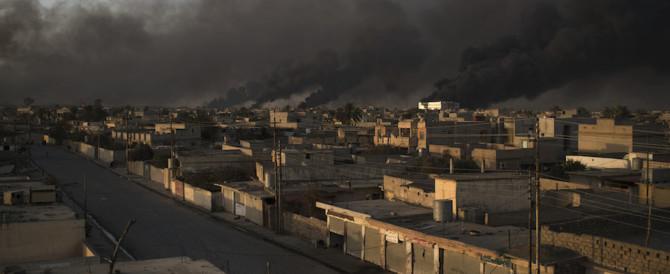 A Mosul nuovo terrore dell'Isis: maschi rastrellati, 1 milione di civili in pericolo