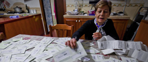 """""""Lady multa"""" vive a Napoli e ha collezionato cento verbali in un mese"""