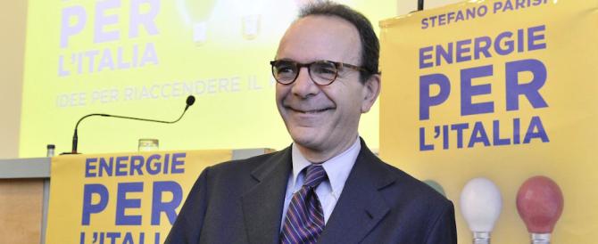 """Parisi lancia le sue """"energie"""" e si scaglia contro Cantone e Salvini"""