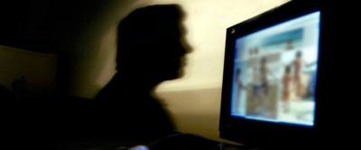 Rete di pedofilia online: arrestato un pensionato, segnalati 250 stranieri