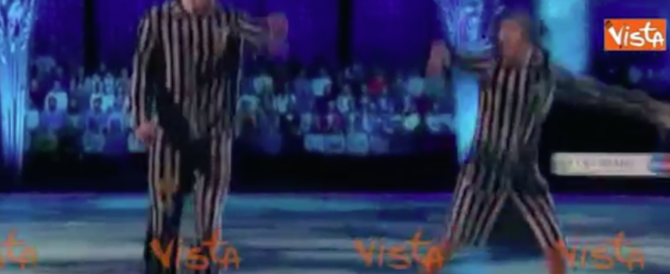 La danza dell'Olocausto mette nei guai la moglie del portavoce di Putin (video)
