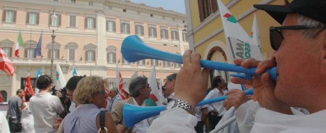 Autunno caldo, anche i medici vanno in piazza contro la legge di Bilancio