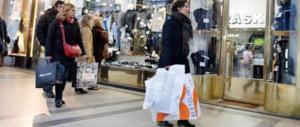 Shopping natalizio a rischio: le tredicesime divorate dalle tasse