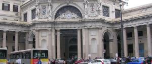"""Preso un algerino alla stazione di Genova. """"Pianificava un attentato"""""""