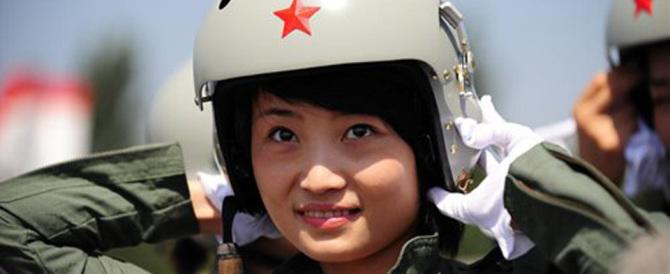 Morta Yu Xu, la prima top gun cinese: ha perso il controllo del suo superjet