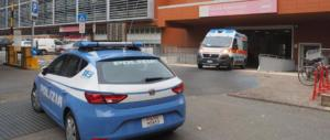 Bologna, agente penitenziario si spara mentre è al pronto soccorso: è grave