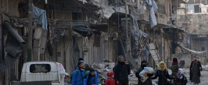 Aleppo, 30 morti nell'ultimo attentato dell'Isis: fuggire diventa impossibile