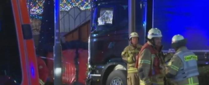 Terrore a Berlino, è un profugo pachistano il presunto attentatore (Video)