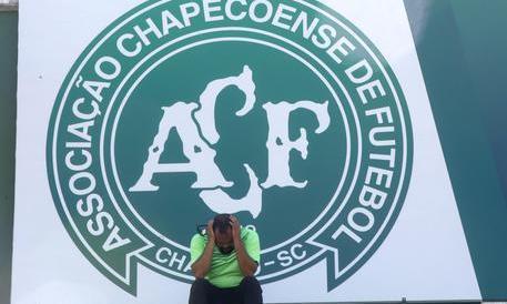 Assurdo in Brasile, Chapecoense multata: non ha giocato l'ultima partita