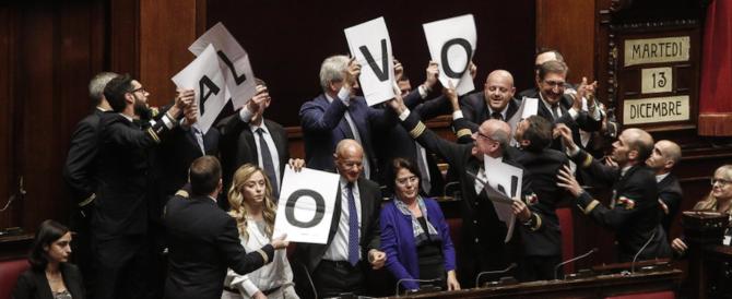 """""""Al voto ora!"""". La protesta in aula di Fratelli d'Italia bloccata dalla Boldrini"""