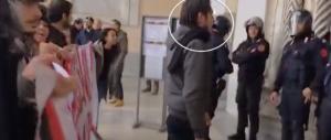 Palermo, i Centri sociali occupano la Cattedrale per protesta contro Salvini (video)