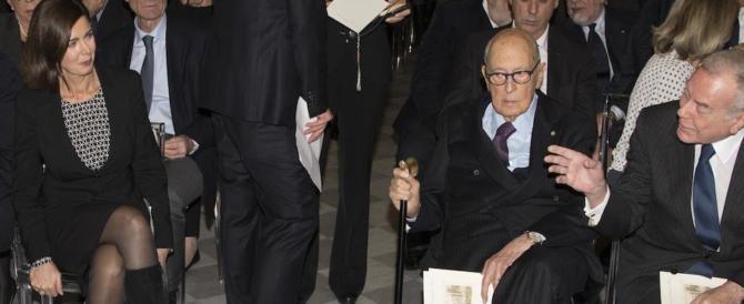 "Napolitano demolisce la Boldrini: ""sindaca e ""ministra"" parole orribili"
