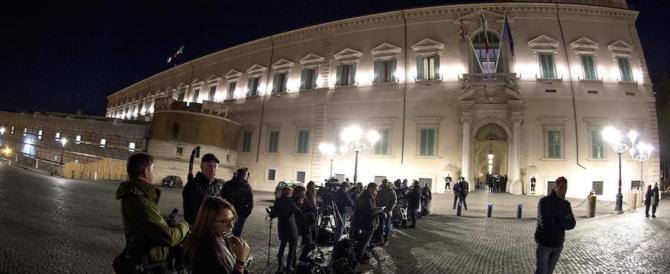 """Renzi va al Quirinale da Mattarella. E le dimissioni vengono """"congelate"""""""
