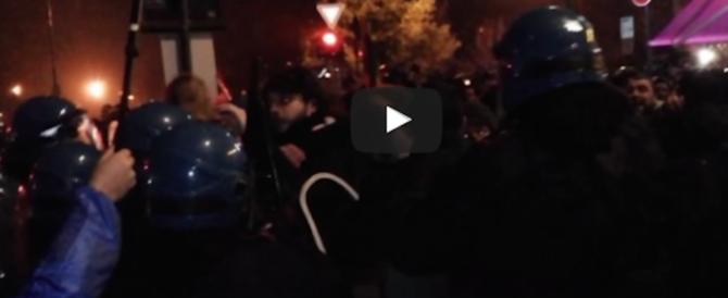 """Presidio antifascista: 50 """"compagni"""" denunciati dopo gli scontri di Pavia (video)"""