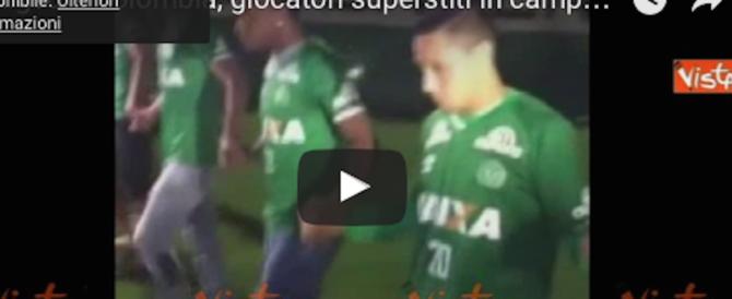 Tragedia in Colombia, dolore allo stadio: i giocatori superstiti in lacrime (video)