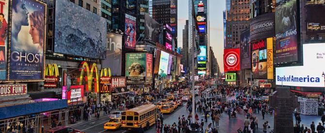 Venezia come Times Square, sì del Comune a pubblicità con luci a led