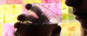 I pericoli nascosti dell'alcol: blocca la crescita del cervello degli adolescenti
