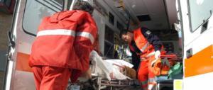Curano l'otite del figlio con l'omeopatia: il bimbo ora è in coma