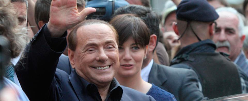 """Il """"casting"""" di Berlusconi: facce nuove e un quartetto """"rosa"""" in tv"""