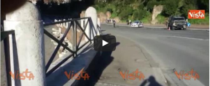 Blocchi stradali antiterrorismo nelle feste natalizie a Roma (video)