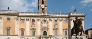 Lupi solitari, Roma si difende anche coi tiratori scelti sui tetti (video)