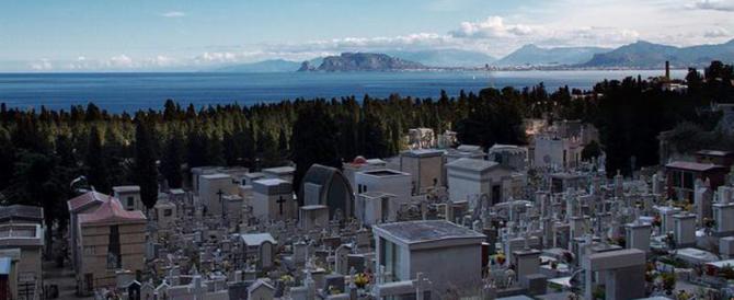"""A Palermo accade anche questo: nella tomba della nonna due morti """"abusivi"""""""
