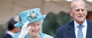 L'intero Regno Unito in apprensione per la salute della regina Elisabetta