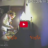 Ecco una donna delle pulizie mentre ruba in camera da letto (video)