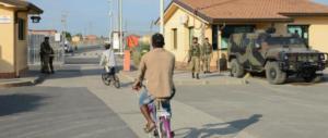 Quattro richiedenti asilo stuprano una ragazza: arrestati al Cara di Mineo
