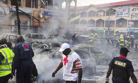 Nigeria, viene giù il tetto di una chiesa. 160 fedeli morti