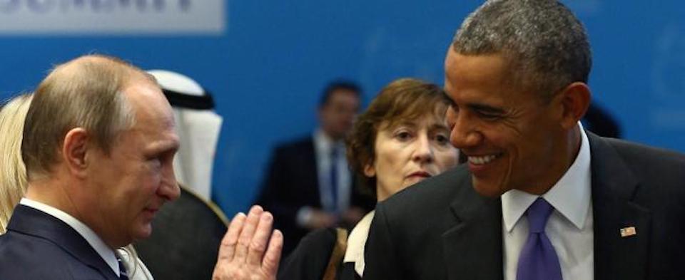 """Obama non si rassegna e riapre le ostilità con Putin: la Russia va """"punita"""""""