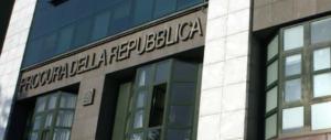 """Napoli, casa popolare assegnata a un camorrista: """"Ne ha diritto"""". È scandalo"""