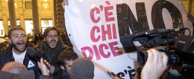 Un altro blitz a Palazzo Chigi: «Renzi se ne deve andare a casa»