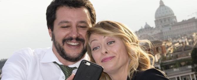 Salvini: tutti in piazza. Basta trucchi, governo di tre mesi e subito al voto