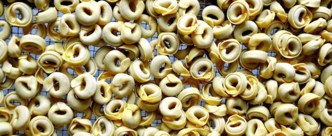Sequestrate 17 tonnellate di tortellini avariati. Denunciati sei imprenditori