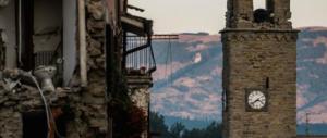 Il sisma infierisce su Amatrice: ora è crollato anche il campanile