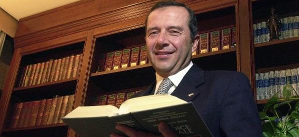 Ustica, il gip di Roma: Enzo Fragalà è stato diffamato dal regista Martinelli