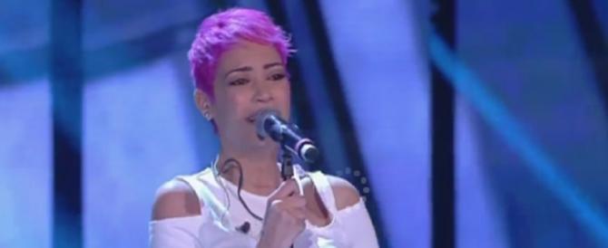 """Sanremo, Emma Marrone """"sponsor"""" di Elodie: «La tua voce è un dono»"""