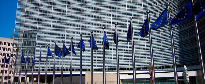 Il declino dell'Europa, che ha rinunciato a tutti i suoi simboli e valori