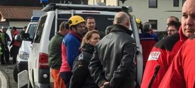 Orrore in Germania: sei diciottenni trovati morti in un giardino