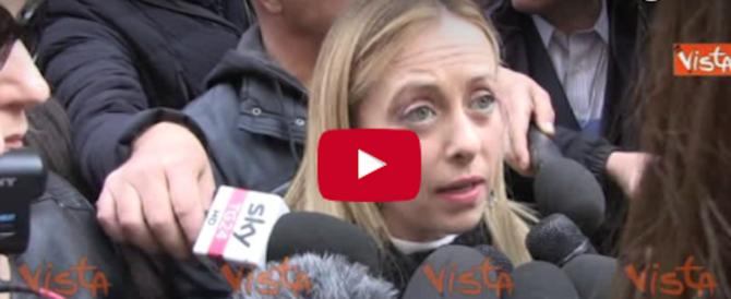 Giorgia in corteo: «Siamo l'Italia che vuole essere libera di votare» (video)