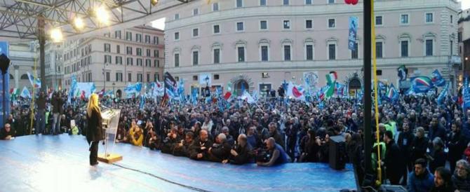 Meloni: «Berlusconi ora sa cosa vuole la nostra gente. L'unità è possibile»