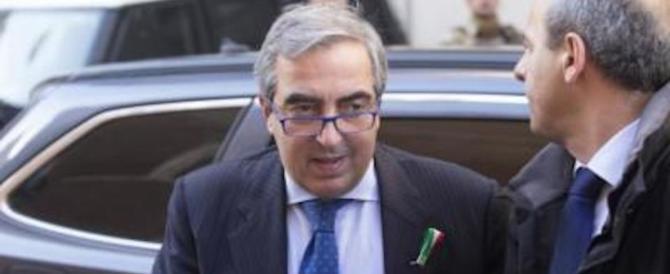 Gasparri: «Insorgono i terzomondisti del Pd appena si parla di espulsioni»